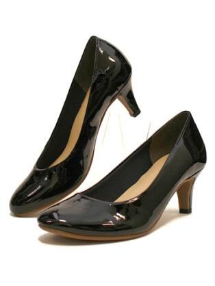 パンプス(靴)おいくらのものを履いていますか?