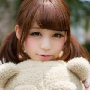 目が小さめの可愛い子の画像ください