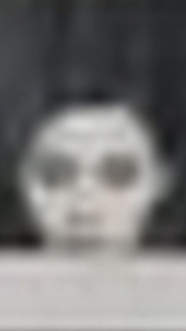 【閲覧注意】インテルの公式アカウント背後に「心霊写真」が写っていると話題に