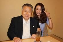 「ダサい」五輪ボランティア制服 小池百合子知事「変えたい」