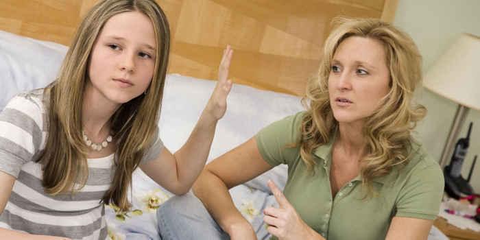 母親から敵対心を持たれている人