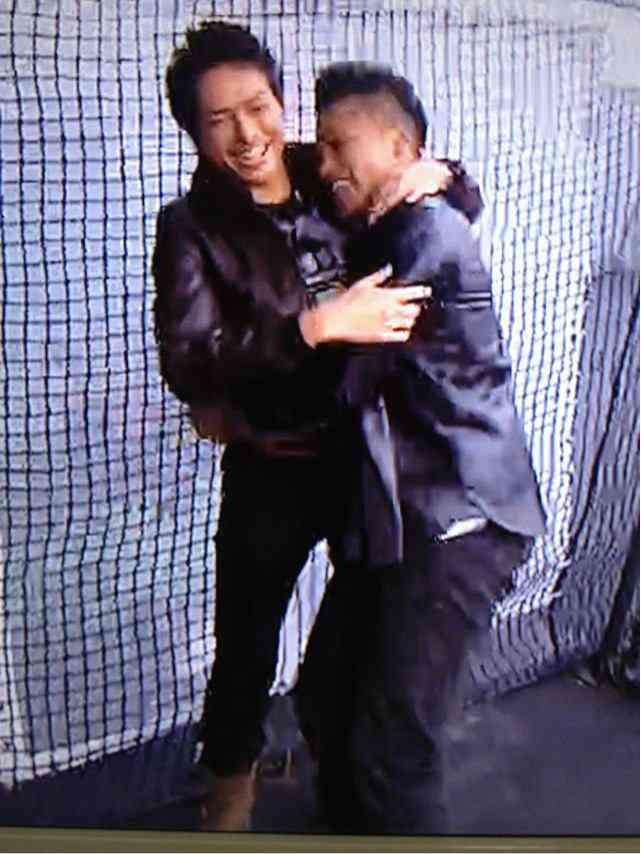 三代目JSB小林直己、サプライズバースデーに照れ笑い「全然気づかなかった」