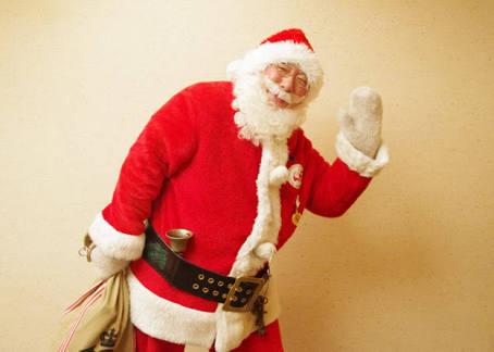 「サンタクロースはいる」と嘘をつくことが親子の関係を破壊すという研究結果…