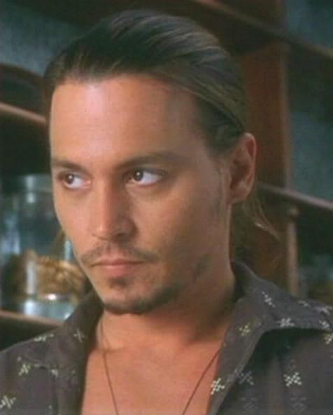 ジョニー・デップの顔が変わった!ツルツル顔に絶賛の嵐