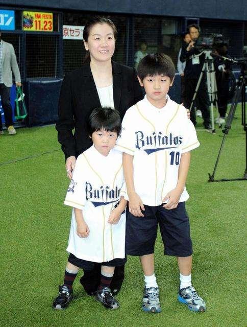 谷亮子、政党交付金で父親に小遣い しどろもどろで否定せず