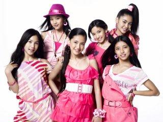 E-girls・Dream・Flower・Happinessの好きな衣装を貼るトピ