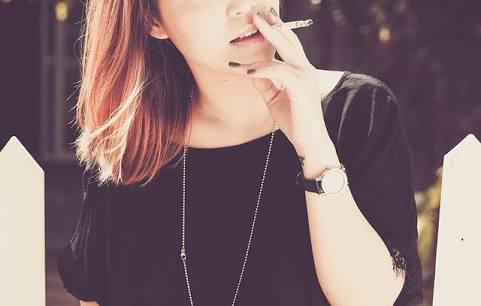 女性の喫煙者に対するイメージ