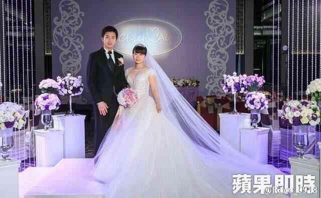 福原愛さんが結婚会見「夫の居場所が私の居場所」