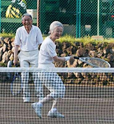 アラフォーでテニス習っている方いますか?