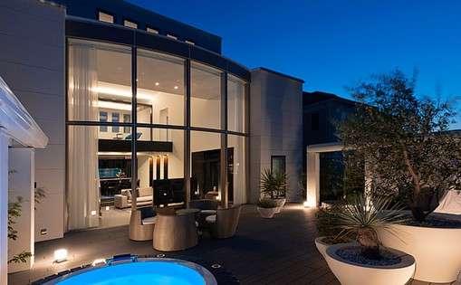 どんな家に住むのが理想ですか?