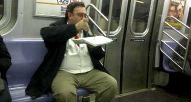 電車の中で食べるのはNG!と思うものにプラス。