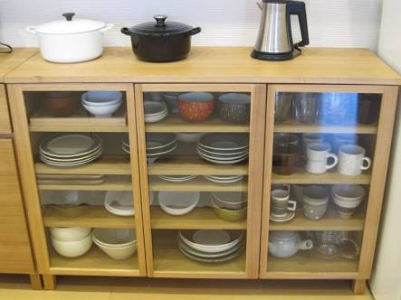 どんな食器棚使ってますか?
