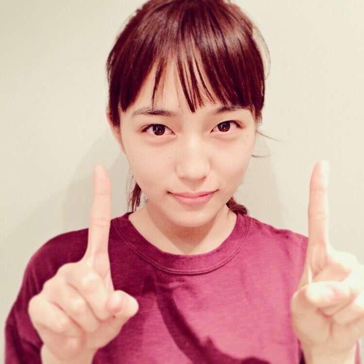 川口春奈、ランジェリー姿に大人の表情「今のわたしのありのまま」10周年企画発表
