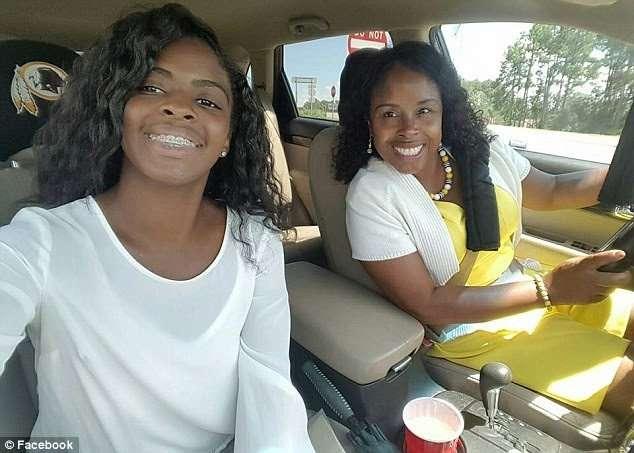 誕生直後に誘拐の米女性、18年ぶりに発見 育ての親を訴追