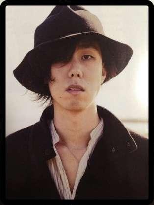 高橋一生、弟はあのアーティストだった!?