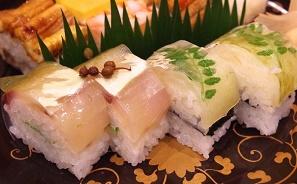 そういえば素手で握るお寿司屋さんの衛生面は大丈夫なのか?