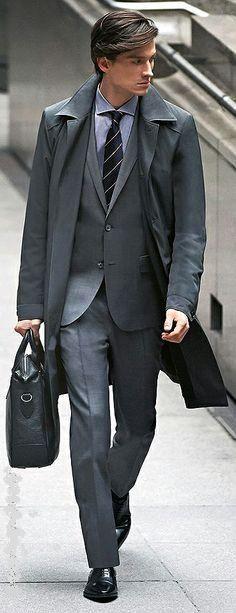 【画像】スーツ姿のイケメン♪