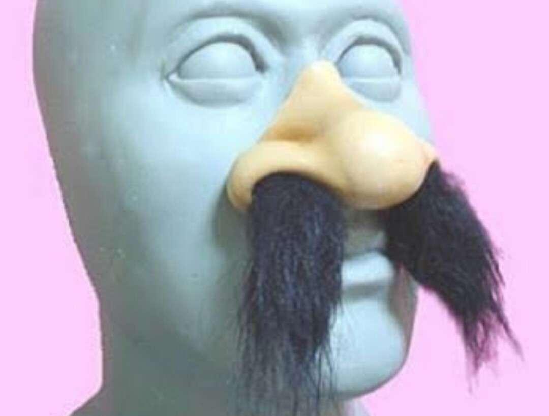 鼻毛処理の頻度と方法