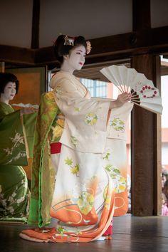 かわいい舞妓さんの画像が集まるトピ。