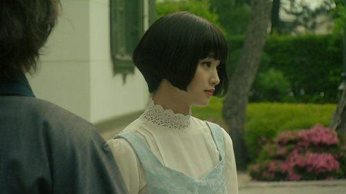 剛力彩芽、ロングヘアの可憐な女子高生に変身