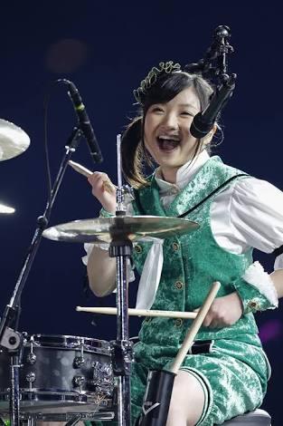 ライブ中カッコイイ可愛いアーティストやアイドルの画像を貼るトピ
