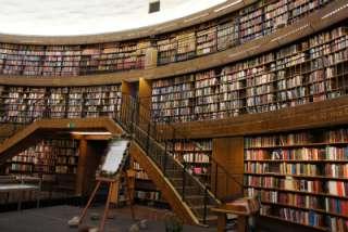 本棚に本収まってますか?