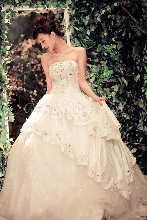 背が低い人の為のウェディングドレス