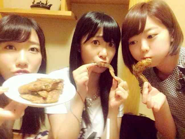 AKB48柏木由紀、SEXYビキニショットで「はっぴーばれんたいん」思わぬプレゼントにファン歓喜