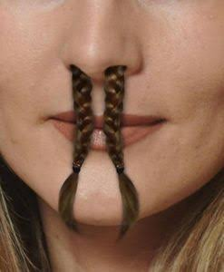 鼻毛が出てる人への指摘の仕方