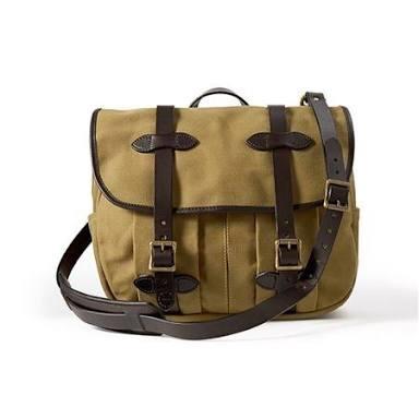 淡々と丈夫なバッグを教えるトピ