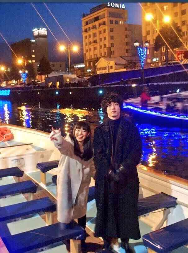 """miwa&坂口健太郎""""大好物""""100個プレゼントに興奮「愛を感じます」"""