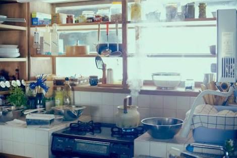 憧れのキッチンを貼るトピ