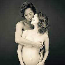 「妊婦ヌードのススメ」がプチ炎上 「反抗期の子に効果的」の謎