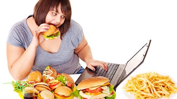 ストレスで太りますか?痩せますか?