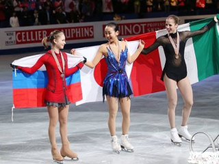 国旗と選手の画像を貼るトピ (part2)