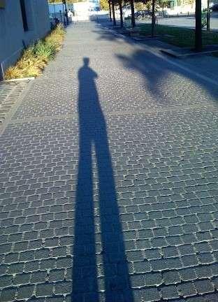 影があると言われる人