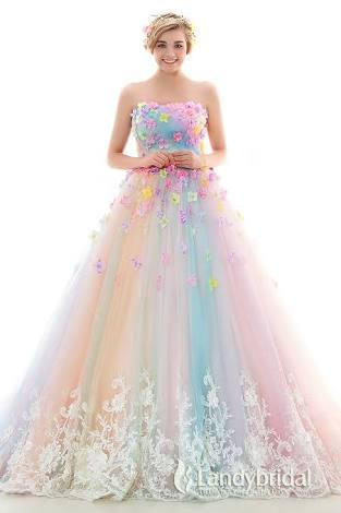 【結婚式】カラードレスの選び方