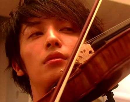 大人になってから楽器を始めた(始めたい)人〜♪