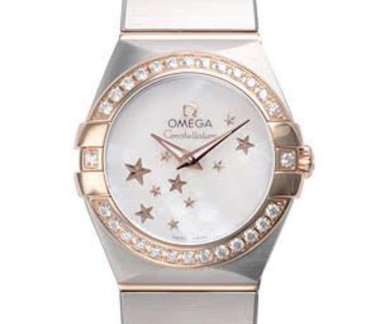 愛用の腕時計見せて下さい