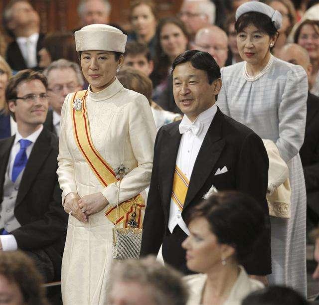 皇室のファッションについて興味のある方、語りませんか?