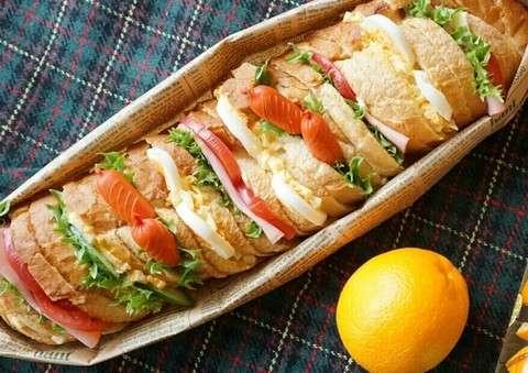 子どもの「お弁当作り」で消耗する必要はない、フランスは遠足弁当でも「パンとハムで十分」