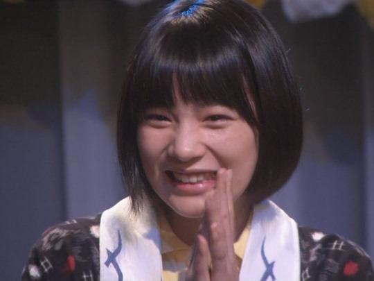 のん、微笑みながら「鬼は外!」 神田明神で豆まき