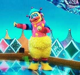 SNSで大注目!「家禽の王様」と言われる巨大なニワトリに驚きの声
