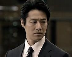 西島秀俊はアルマーニ似合いすぎ!「スーツの似合う俳優」たちのカッコよすぎる特徴