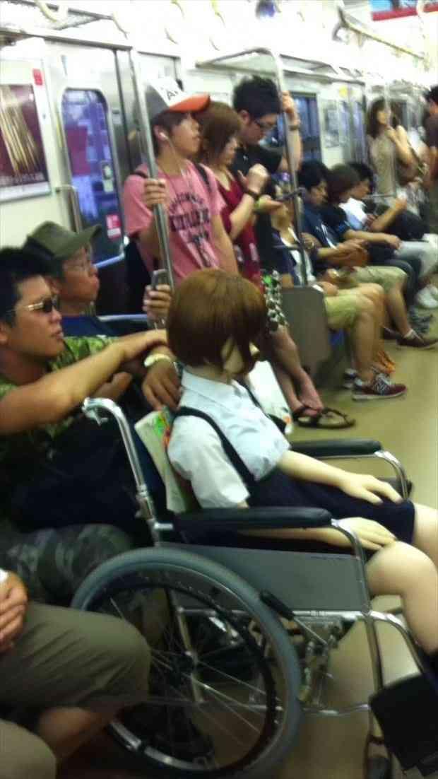 電車の中で笑ってしまったこと