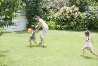 自分の子供と遊ぶのが苦じゃない人いますか?