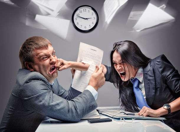 職場で喧嘩になった人