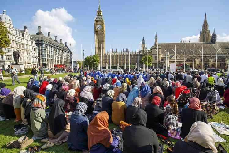 英議会議事堂前でテロ事件か 警察官と歩行者3人死亡