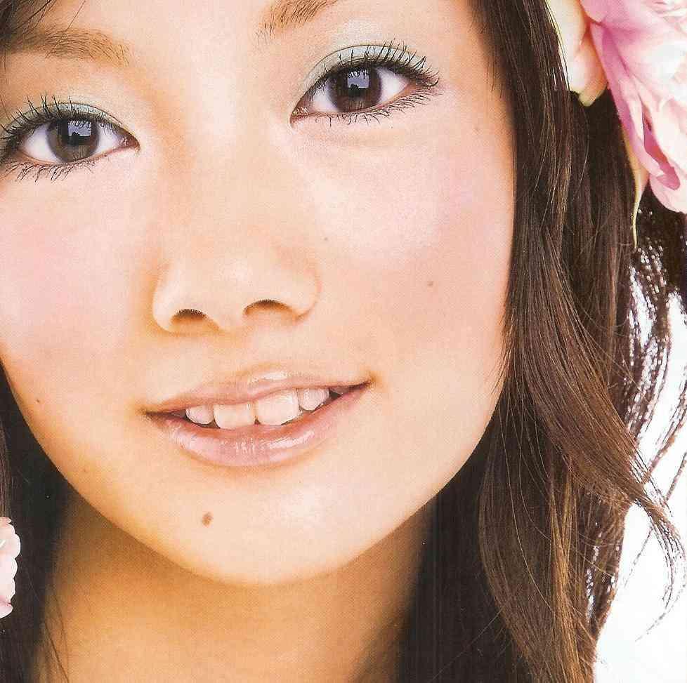 波瑠、とびっきりの笑顔&ピースサイン姿に反響「天使に癒されました」