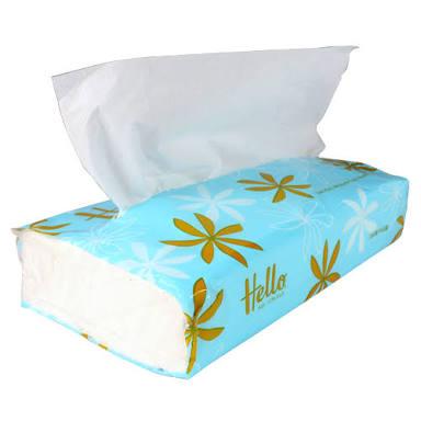 箱ティッシュの中身を保存用バッグに収納、手軽にたくさん持ち運ぶアイデアが花粉症に悩む人の光明に
